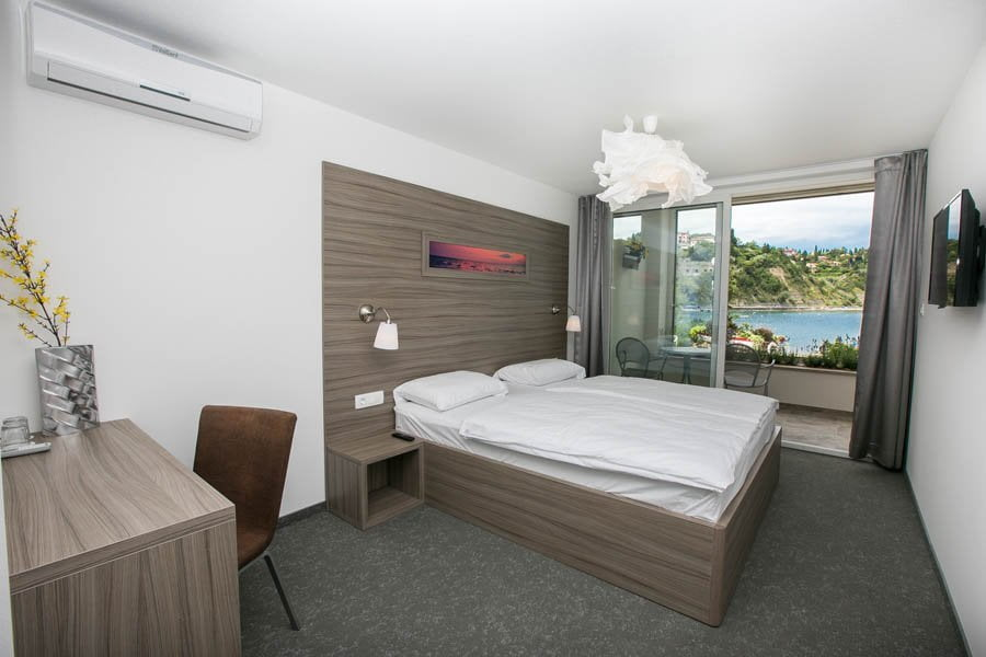 Superior Double Room Beach Front